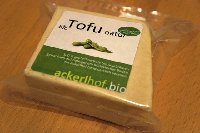 Ackerlhof - Bio-Tofu alias Mühlviertler Bohnenkas (c) Stern&Kringel